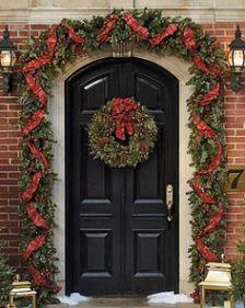 christmas-front-door
